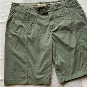 🌼BOGO FREE🌼ROYAL ROBBINS 12 Olive Green Shorts